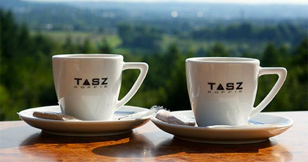 tasz-koffie-bij-de-bokkerijder-vaals-met-panorama-uitzicht